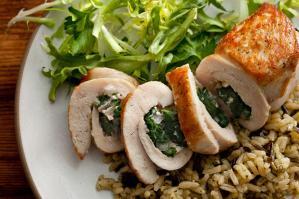 cheese spinach stuffed chicken